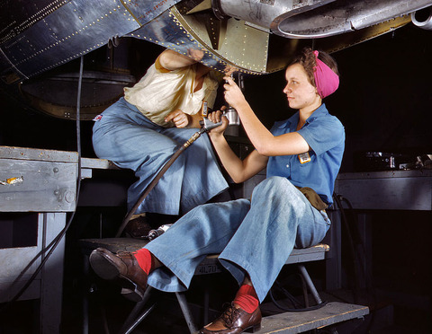 wwii-women-at-work2